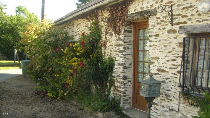 Pretty 3 Bed House In Small Hamlet